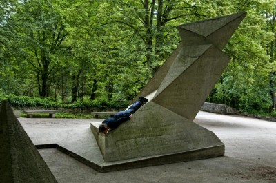 Monumentplanking / photo: Claus Bach