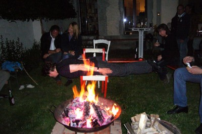 Campfireplanking / Photo: Andrea Dierich