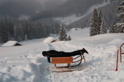 Snowplanking / photo: Katharina Bach